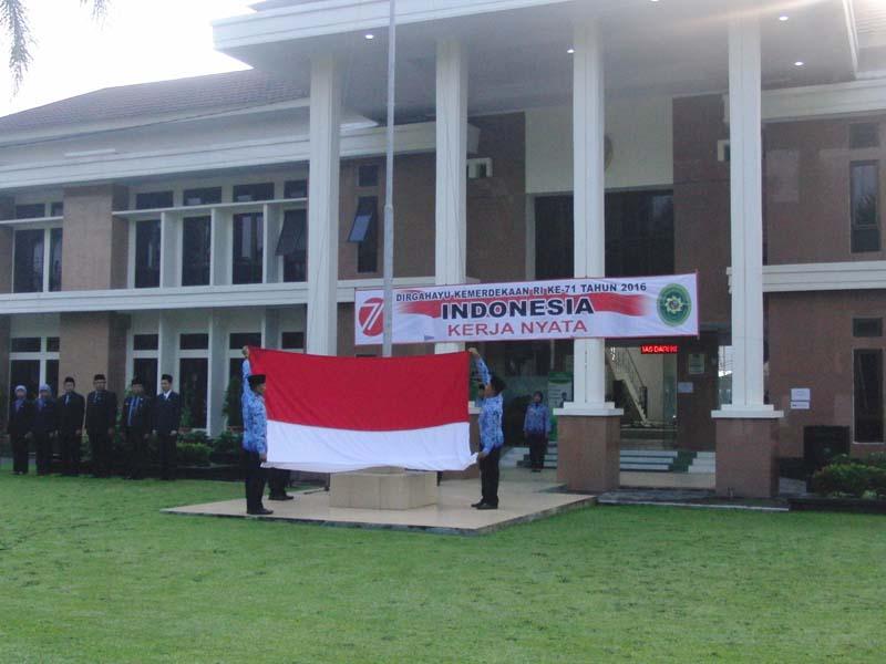 Upacara Bendera HUT Kemerdekaan Republik Indonesia ke-71